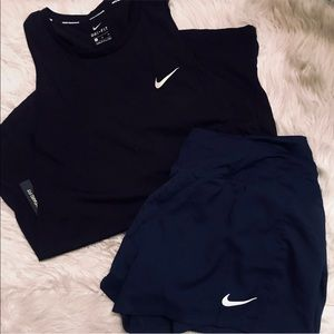 NWT Nike Top